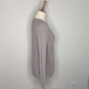 EUC Nic+Zoe Tan & Black Fitted Pullover Sweater